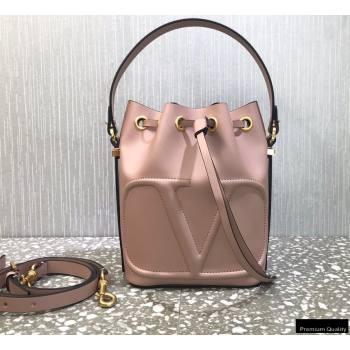 Valentino VLogo Walk Calfskin Bucket Bag Nude Pink 2021 (liankafo-21012904)