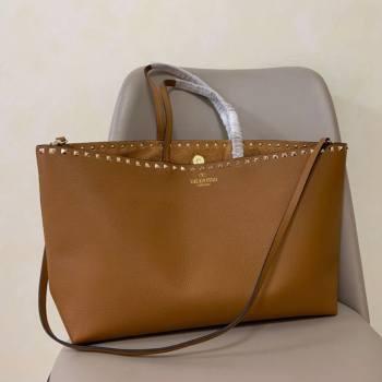 Valentino Large Grainy Calfskin Leather Rockstud Shopping Bag 0071L Brown 2020 (JD-20112750)